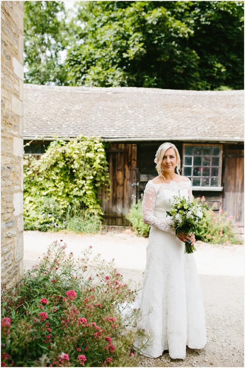 cripps-barn-wedding-photography_0022
