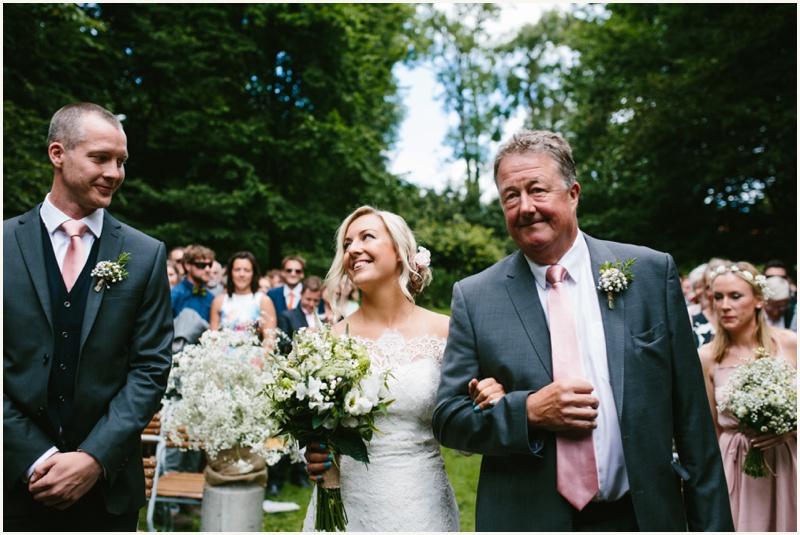 cripps-barn-wedding-photography_0033