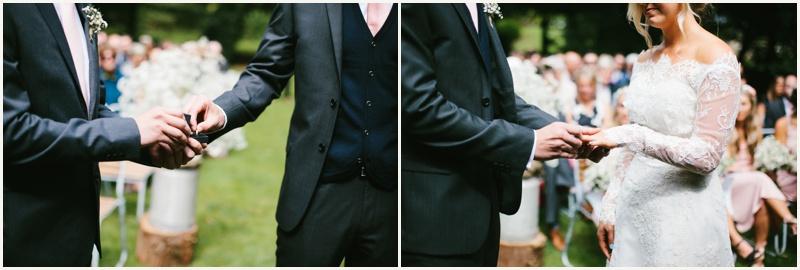 cripps-barn-wedding-photography_0035